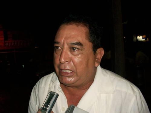 """""""Garza de Coss no representa nada en el PAN"""": Hugo Chávez"""
